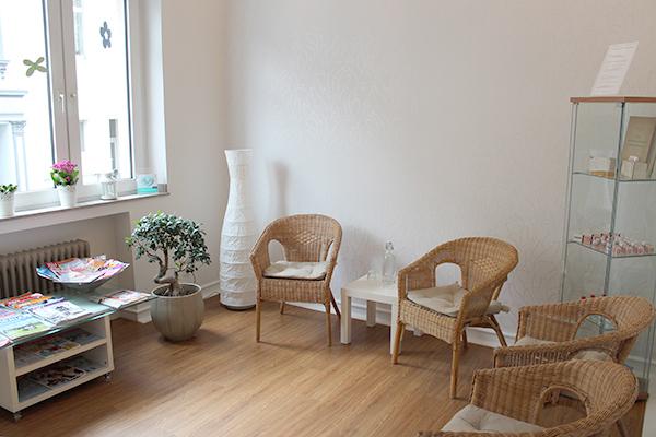 Einrichtung - Zahnarzt Dr. Burkhard Maaß in 41236 Mönchengladbach